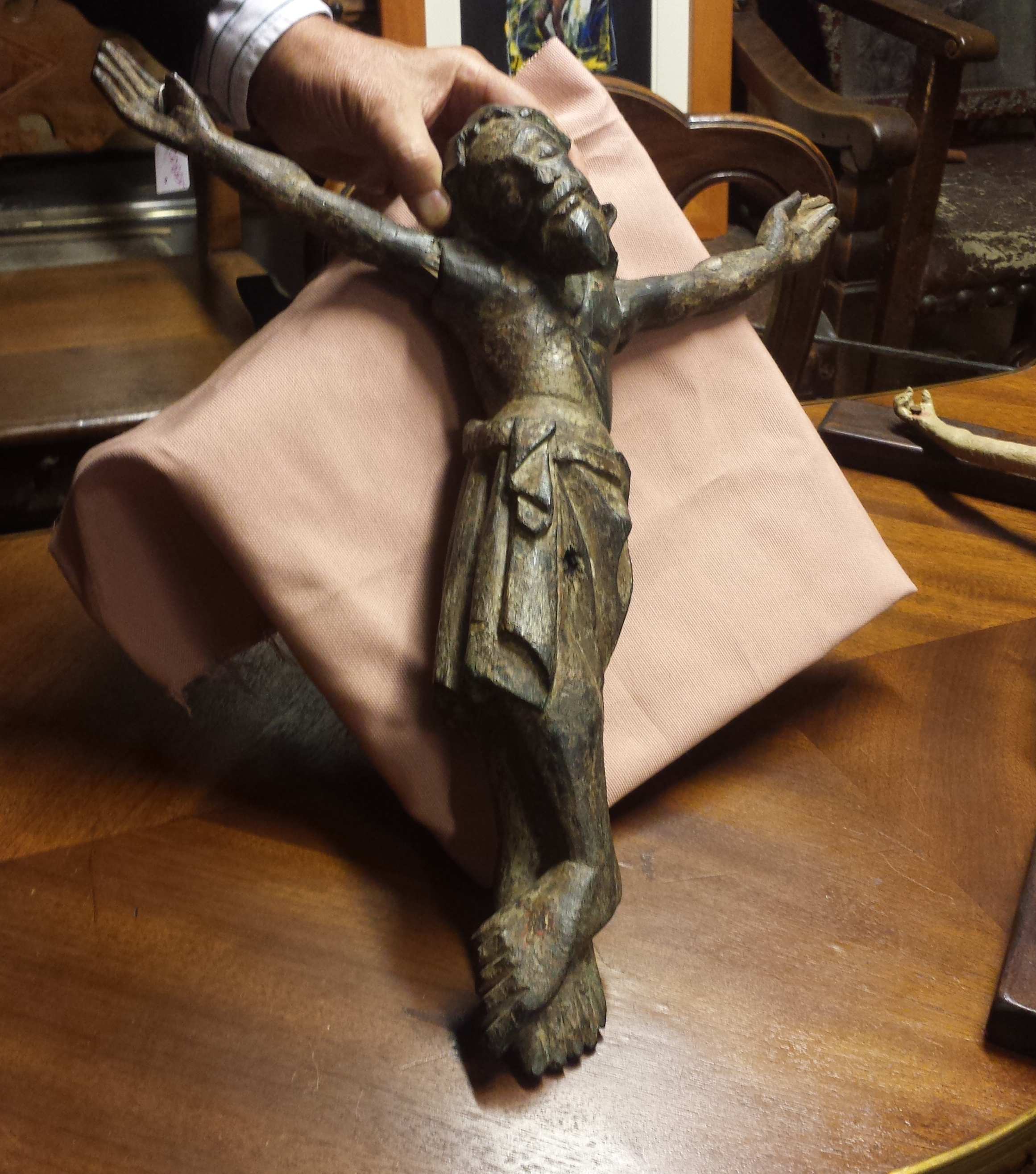 cristo scolpito legno