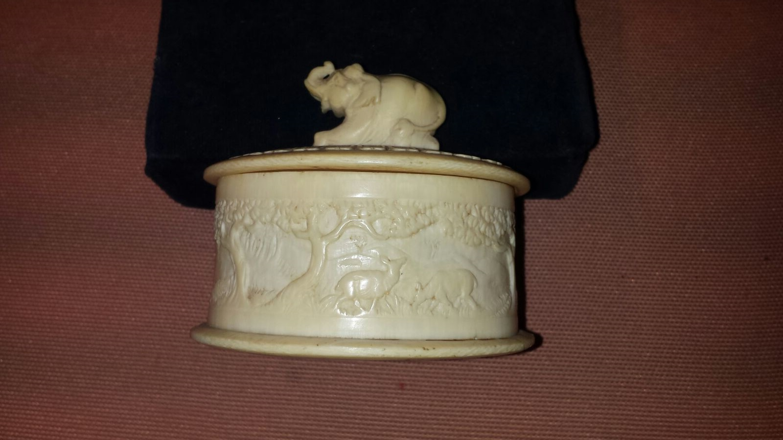scatolina in avorio